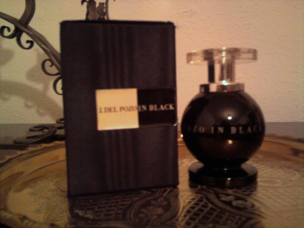 In Black, Jesus Del Pozo (1/2)