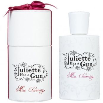 miss-charming-juliette-has-a-gun